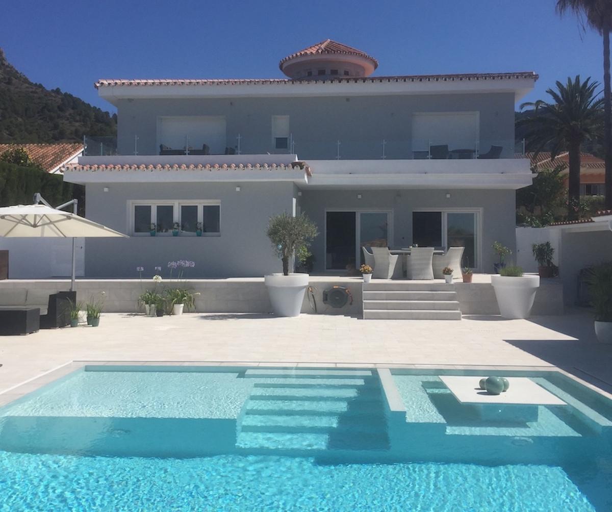 House in Alhaurín de la Torre R3373735 1