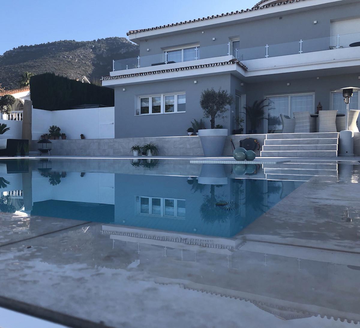 House in Alhaurín de la Torre R3373735 2