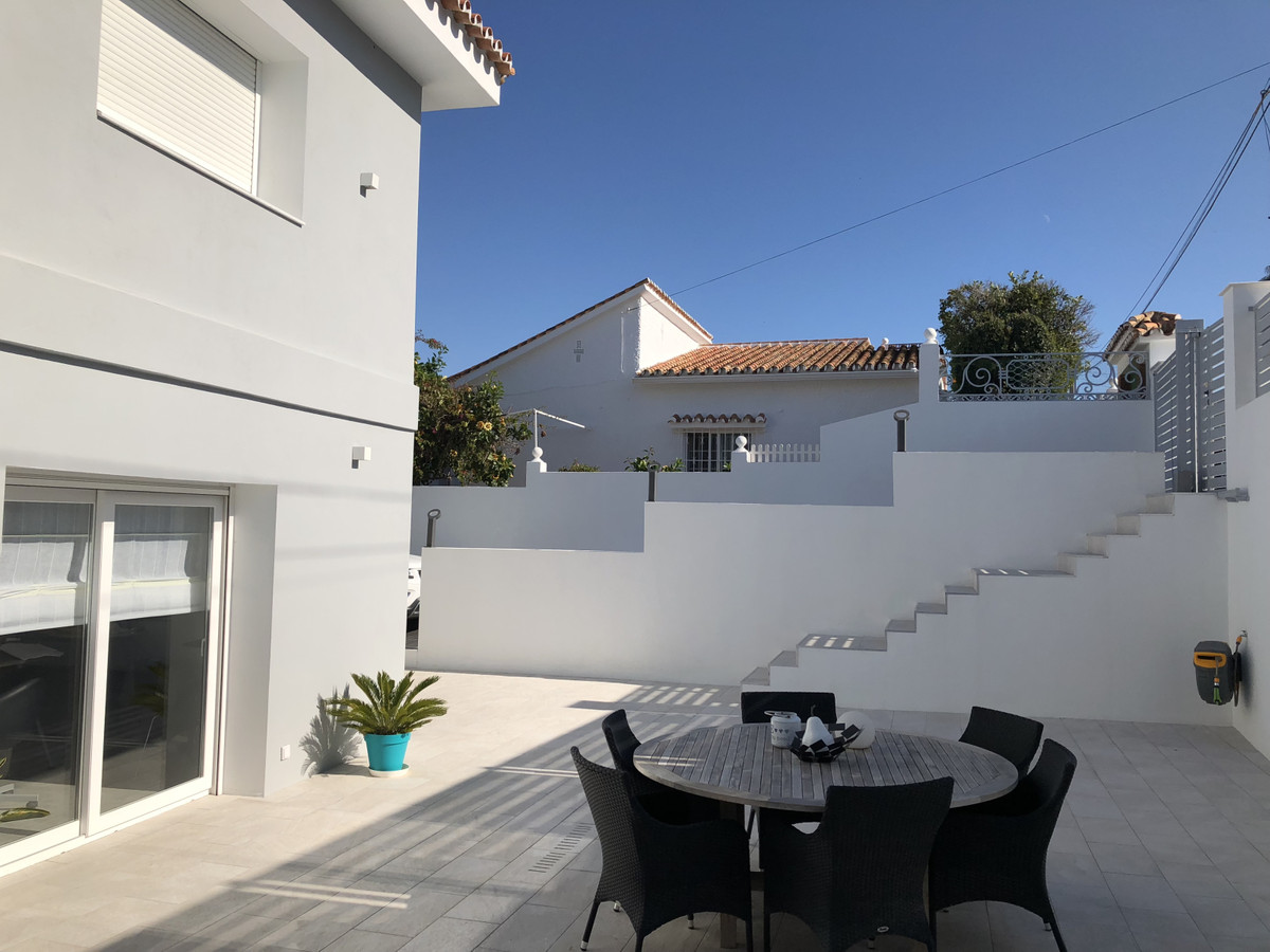 House in Alhaurín de la Torre R3373735 41