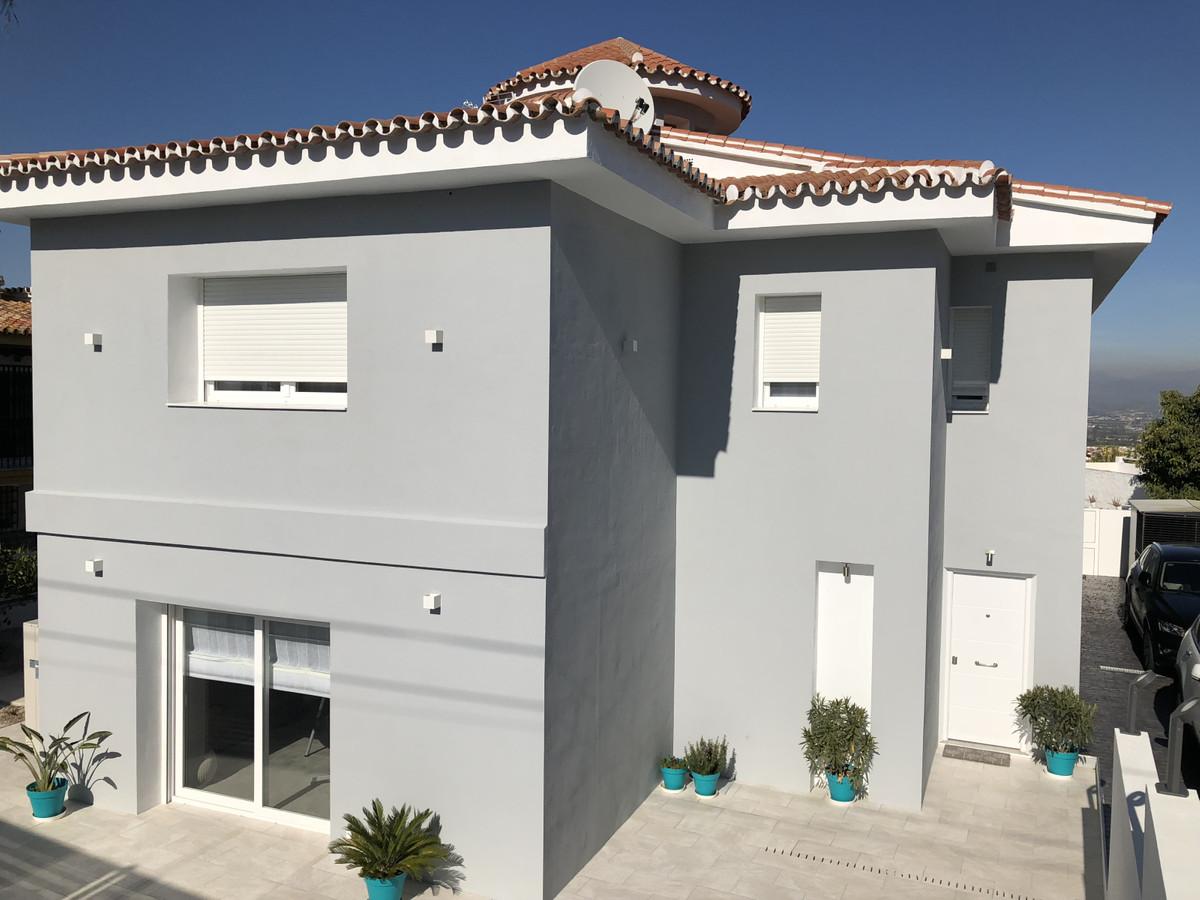 House in Alhaurín de la Torre R3373735 44