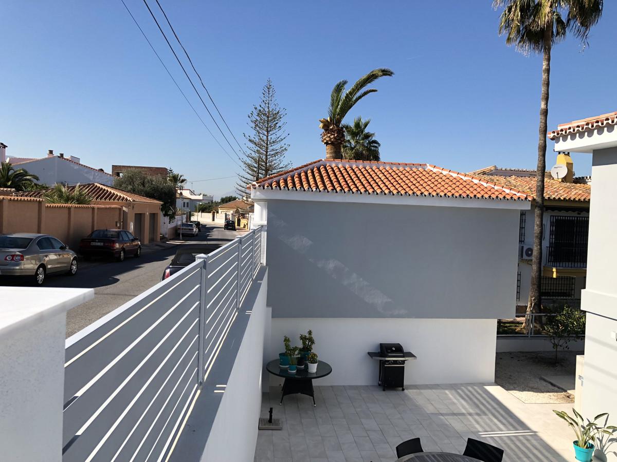 House in Alhaurín de la Torre R3373735 48