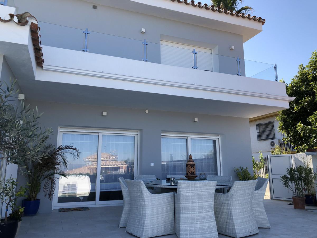 House in Alhaurín de la Torre R3373735 49