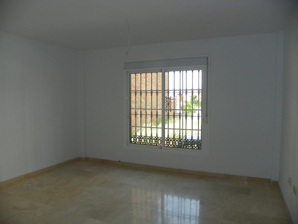 R2425994: Apartment for sale in Alhaurín el Grande