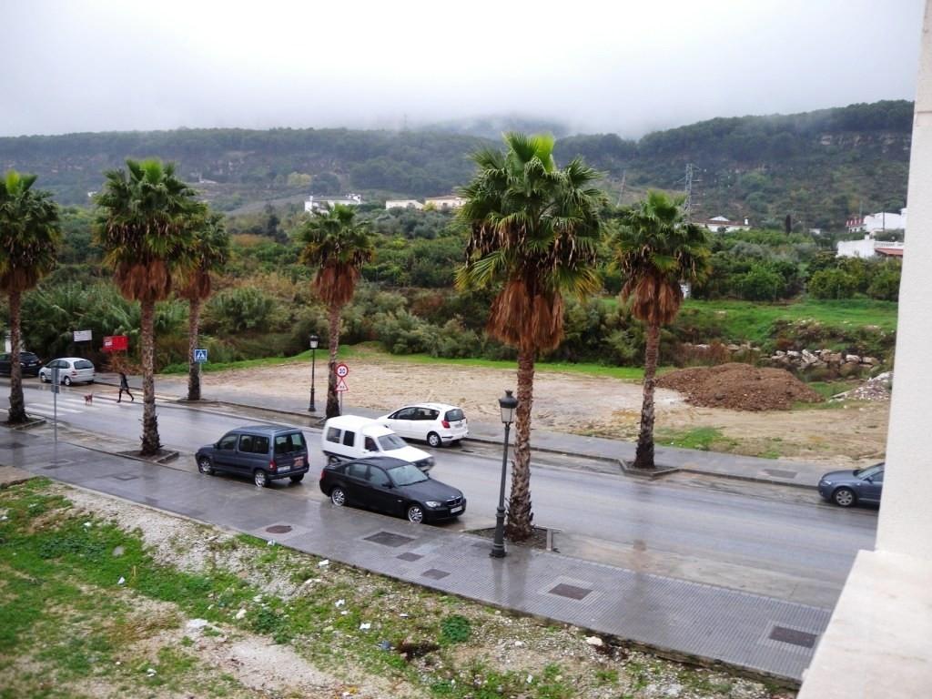 R1987529: Apartment for sale in Alhaurín el Grande