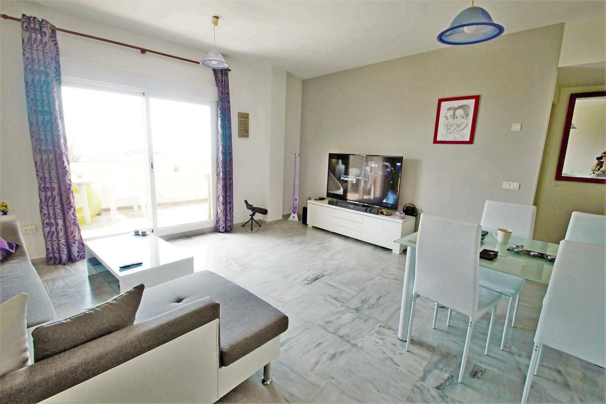 1 BEDROOM APARTMENT - BENALMADENA COSTA  Beautiful fully furnished 1 bedroom apartment in Benalmaden,Spain