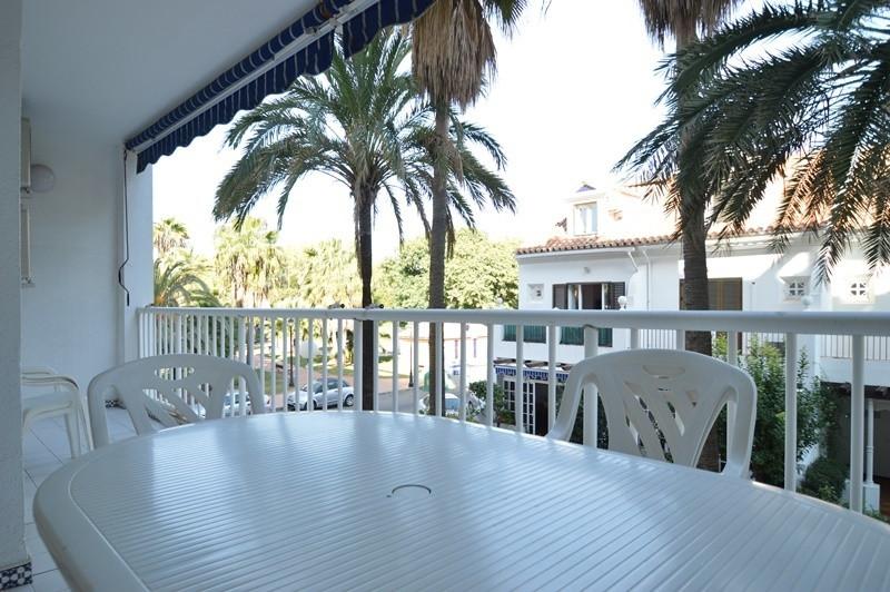 Costa del Sol. 3 Bedrooms, 2 Bathrooms, Built 112 m², Terrace 15 m².  Setting : Beachfront, Town, Co,Spain