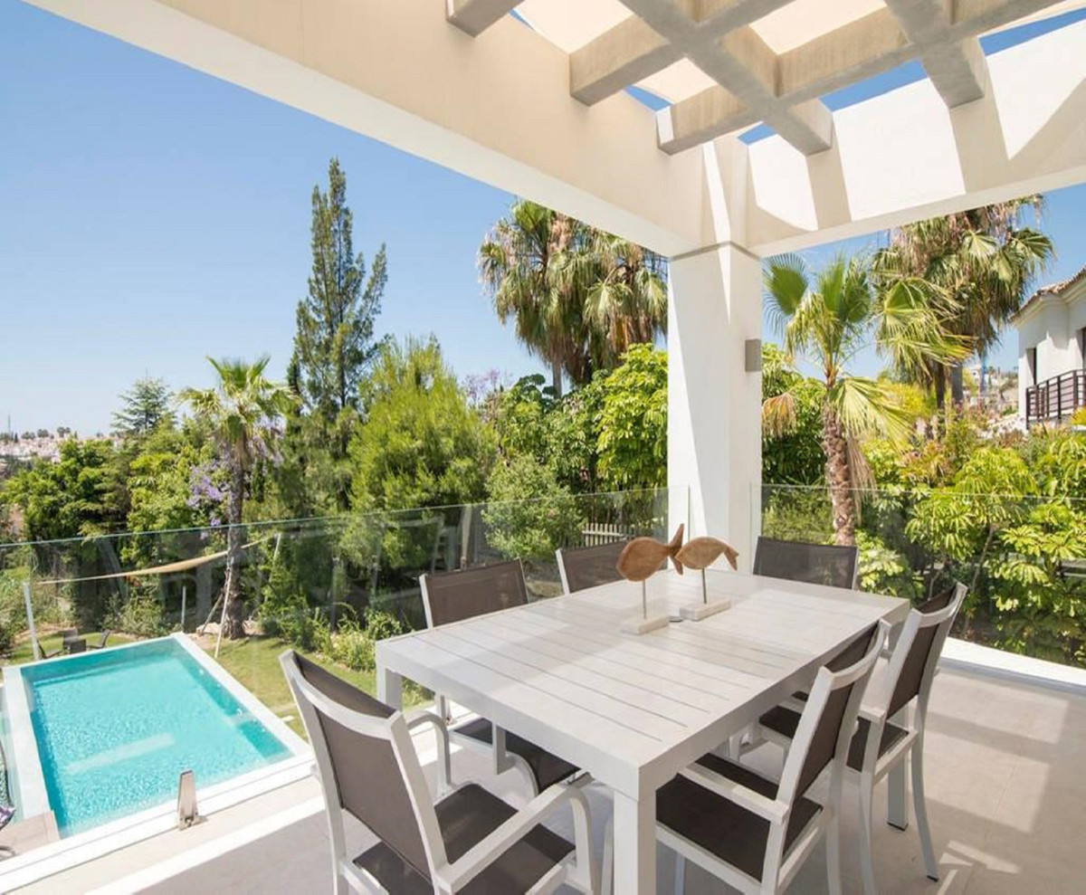 House for Sale in El Paraiso, Costa del Sol