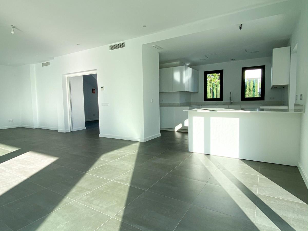 House in Atalaya R3752233 10