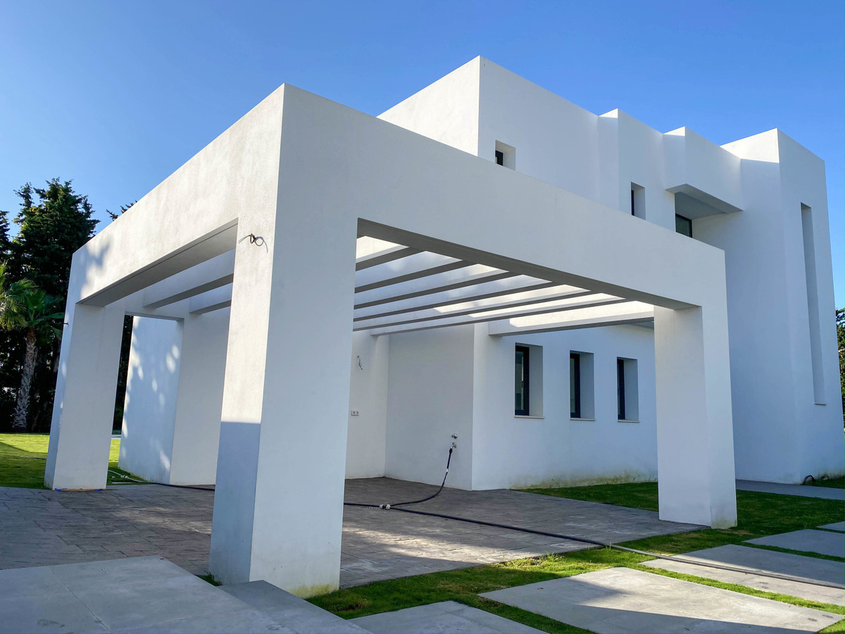 House in Atalaya R3752233 3