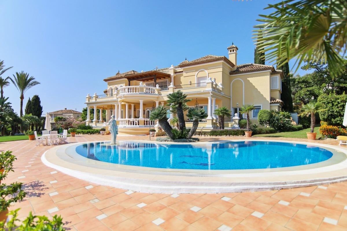 Villa - Detached ( R3542098) 0