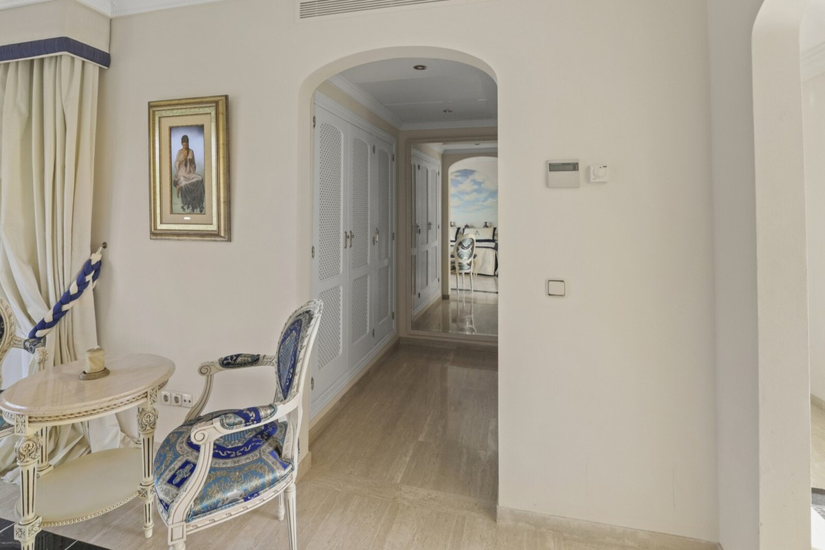 House in Benahavís R3542098 11