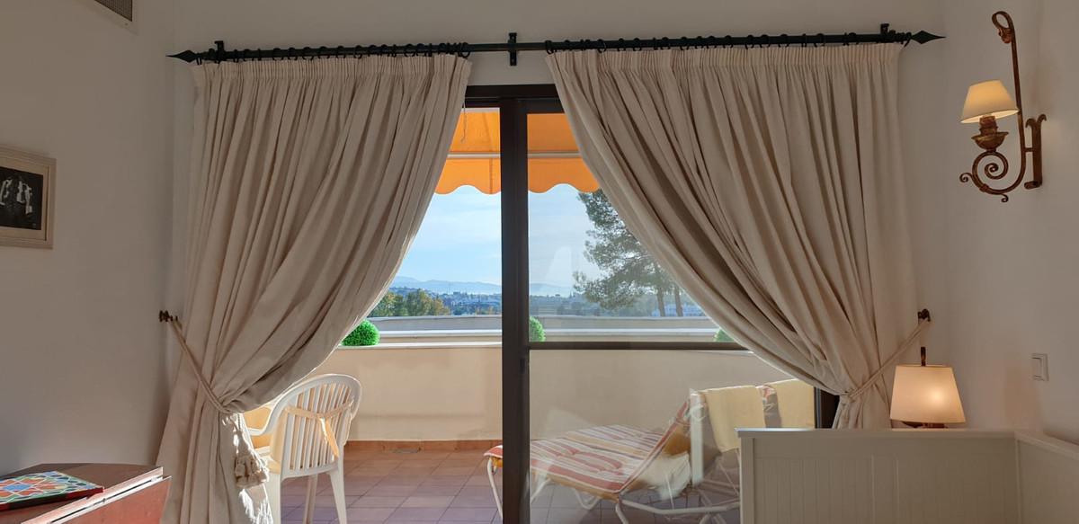 Apartment - Middle Floor ( R3520945) 13