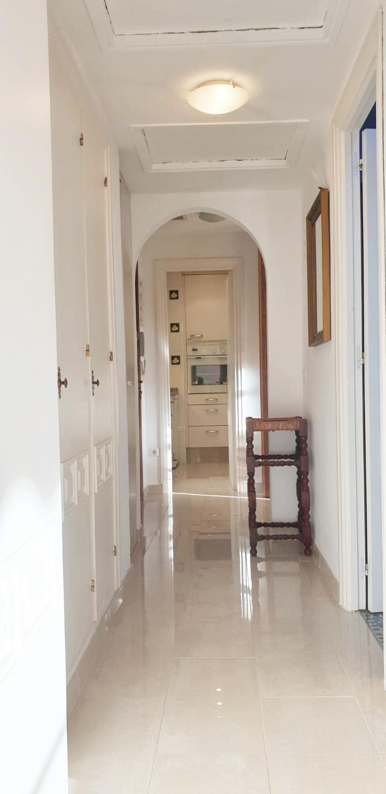 Apartment - Middle Floor ( R3520945) 21