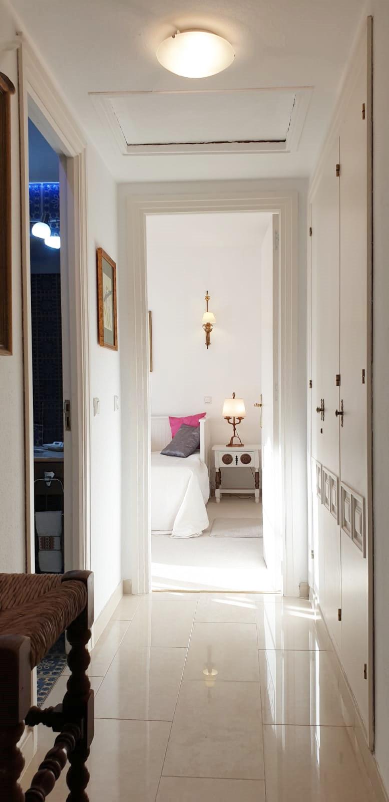 Apartment - Middle Floor ( R3520945) 29