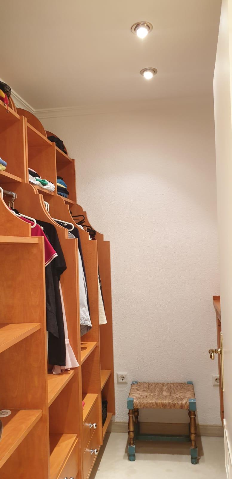 Apartment - Middle Floor ( R3520945) 30