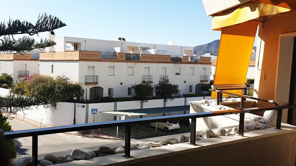 Apartment - Middle Floor ( R3513841) 6