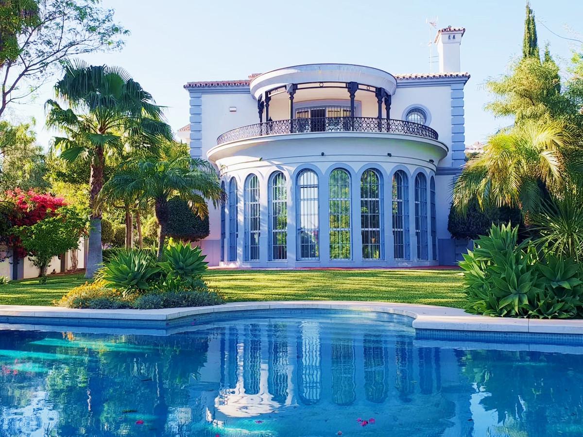 Villa  Detached for sale   in Mijas