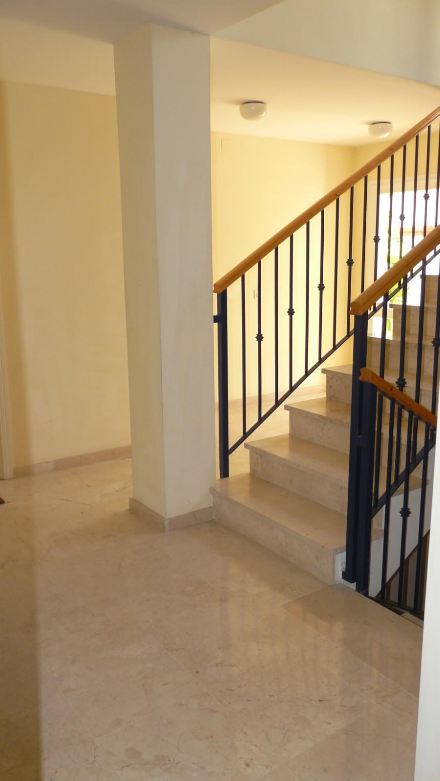 Apartment - Ground Floor ( R3523528) 22