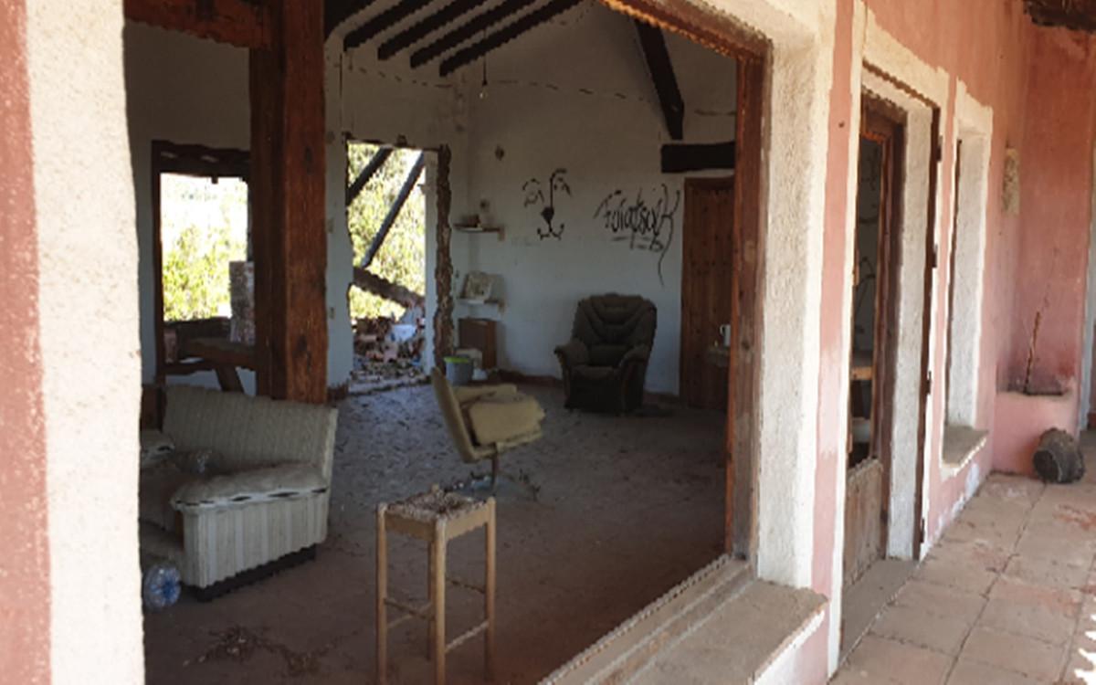 Plot - Residential ( R3519568) 6