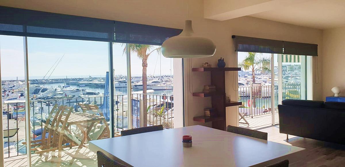 Apartment - Middle Floor ( R3534784) 4