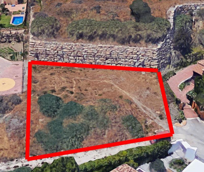Building plot in Puerto Los Almendros, Benahavis with Construction permit The project to build a vil,Spain