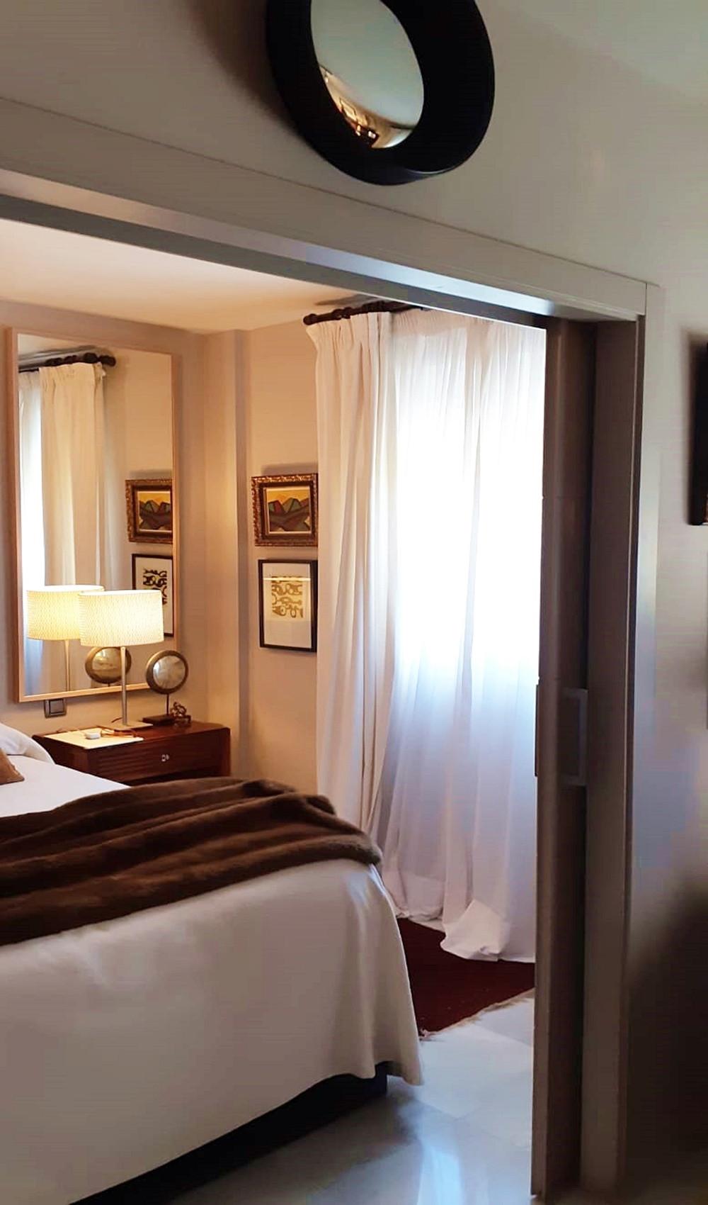 Apartment - Middle Floor ( R3522682) 9