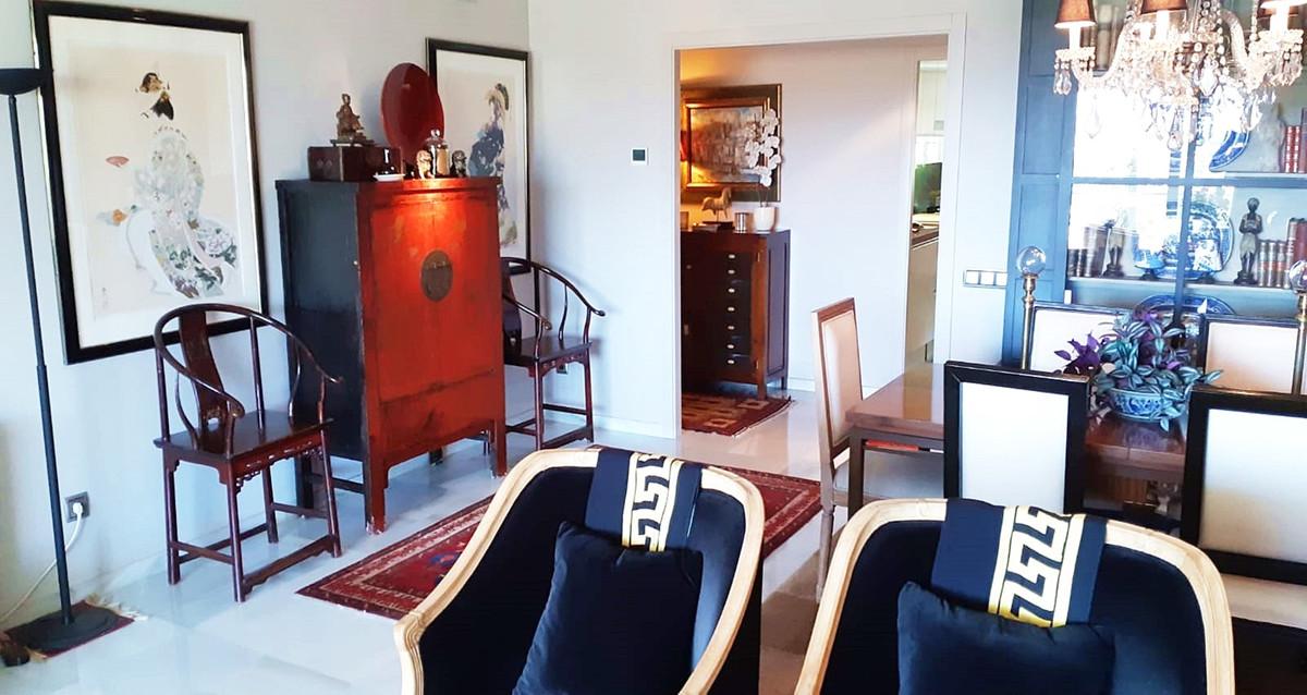 Apartment - Middle Floor ( R3522682) 12