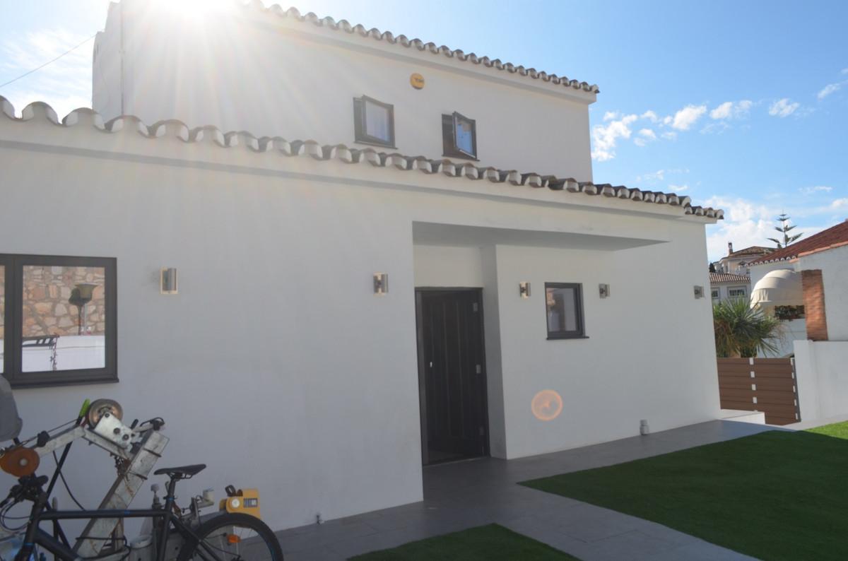 House in Arroyo de la Miel R3574420 2