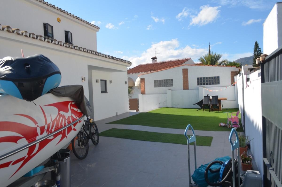 House in Arroyo de la Miel R3574420 3