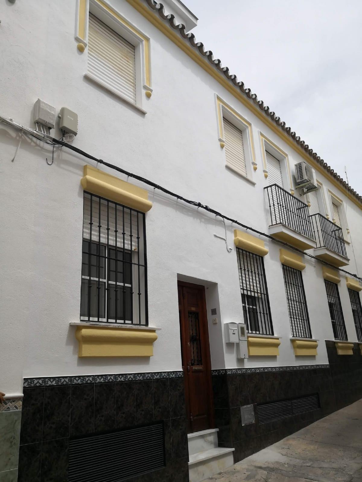 Villa  Pareada en venta   en Coín