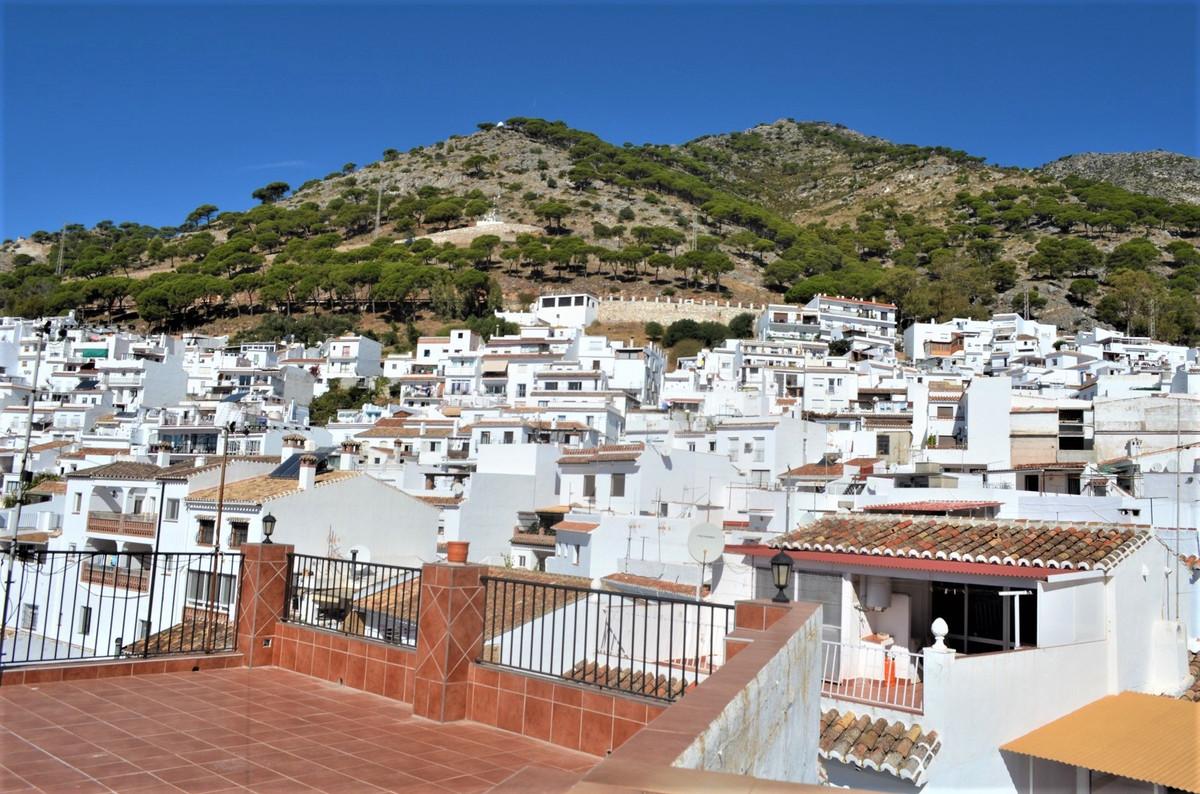 4 Bedroom Terraced Townhouse For Sale Mijas