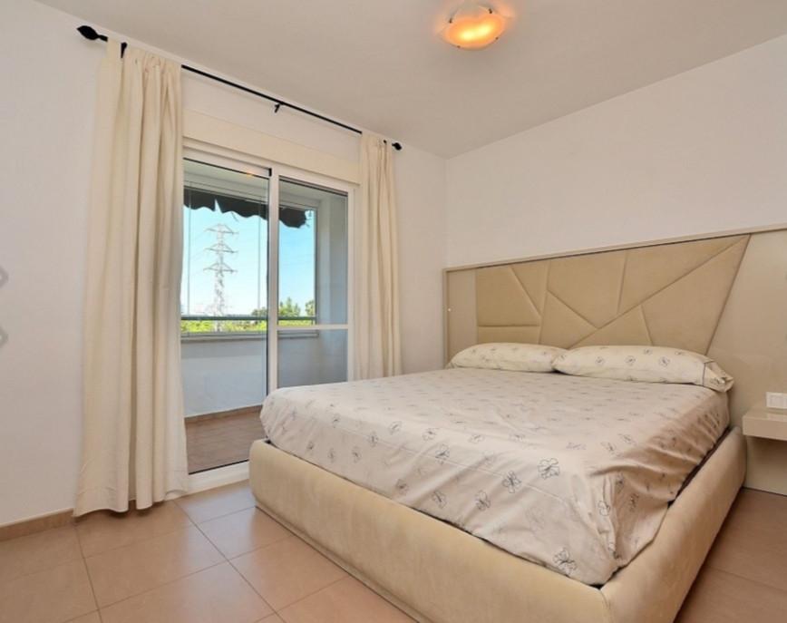 Apartment Middle Floor Fuengirola Málaga Costa del Sol R3212899 6