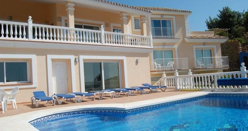 Fabulous, newly built villa for sale in the prestigious Las Lomas de Mijas urbanisation, close to Mi,Spain