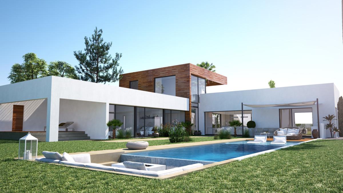 4 bed Commercial for sale in Altos de los Monteros