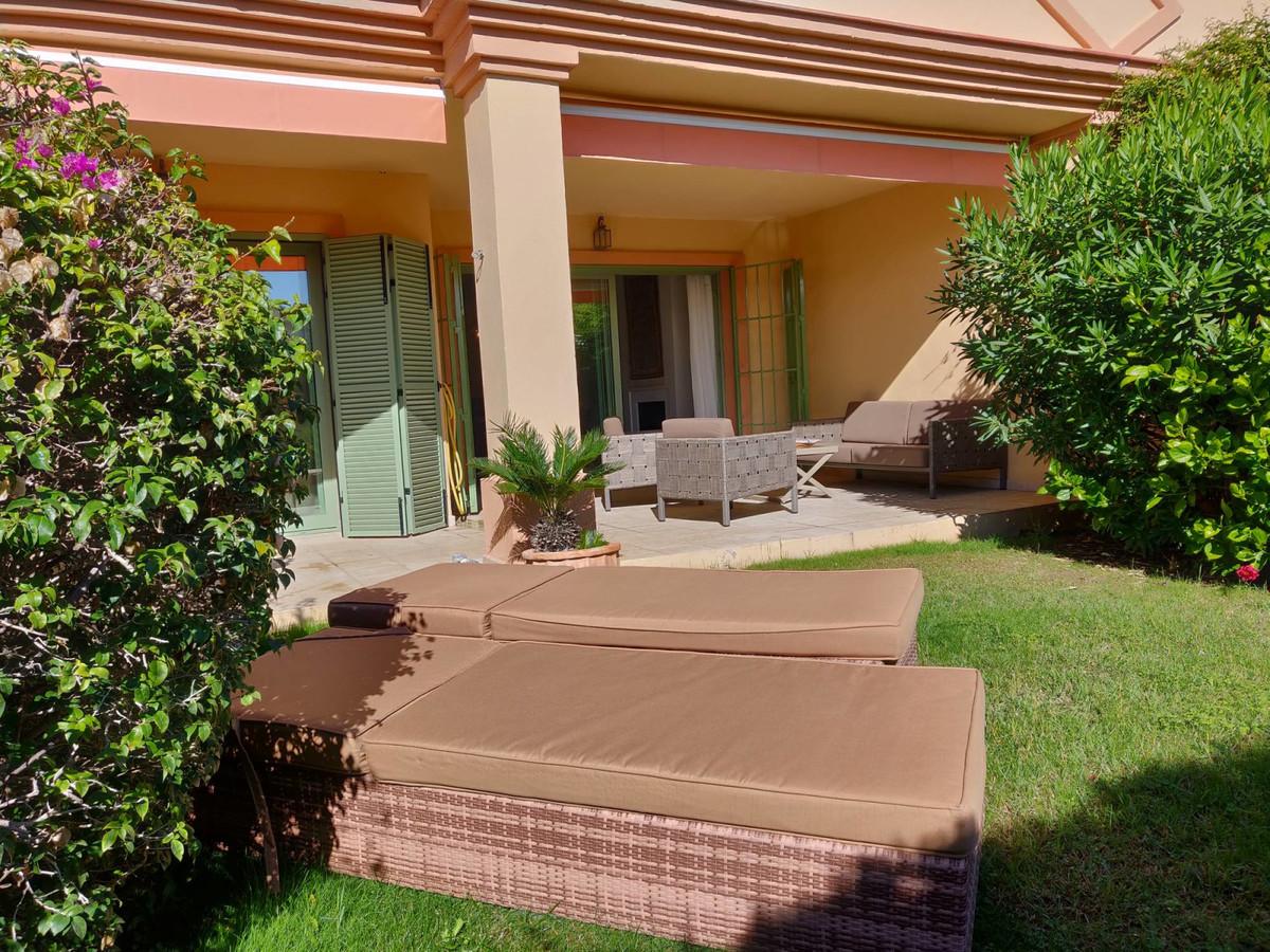 Beautiful and spacious 2 bedroom ground floor in the prestigious Los Flamingos Golf Resort, located ,Spain