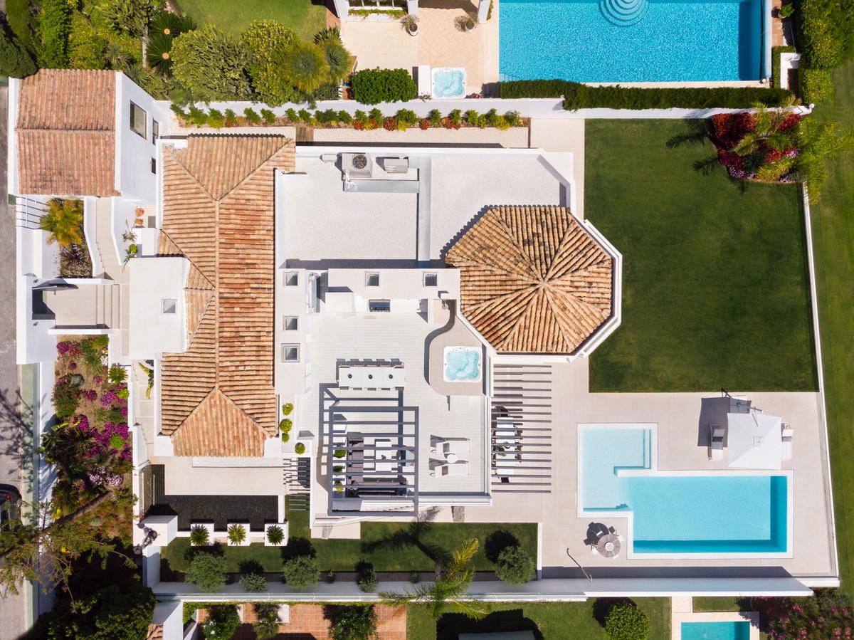 House in Aloha R3745846 15