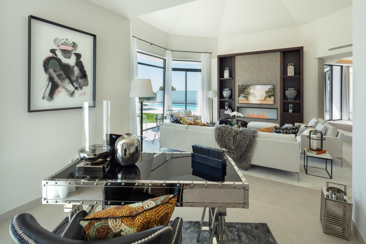 House in Aloha R3745846 7