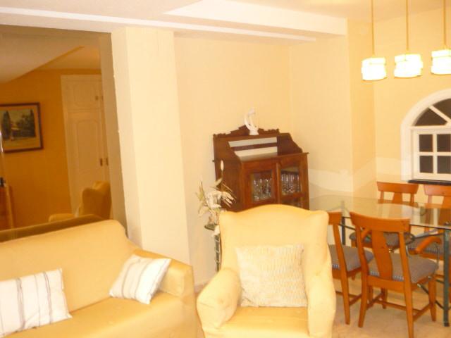 Middle Floor Apartment, Marbella, Costa del Sol. 2 Bedrooms, 2 Bathrooms, Built 80 m². COMMUNAL POOL,Spain