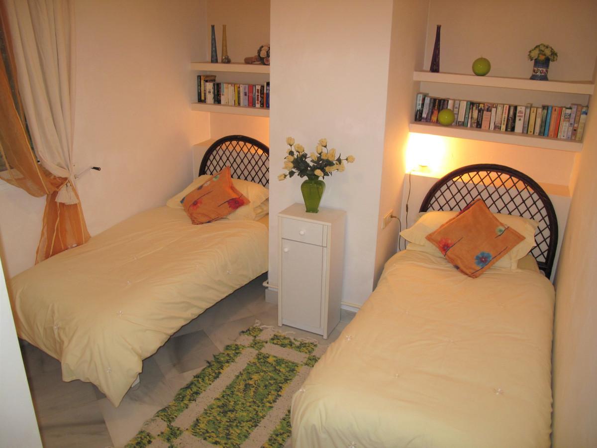 Apartamento con 3 Dormitorios en Venta Mijas