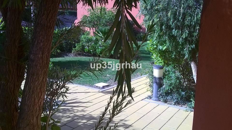R2909372: Apartment for sale in Estepona