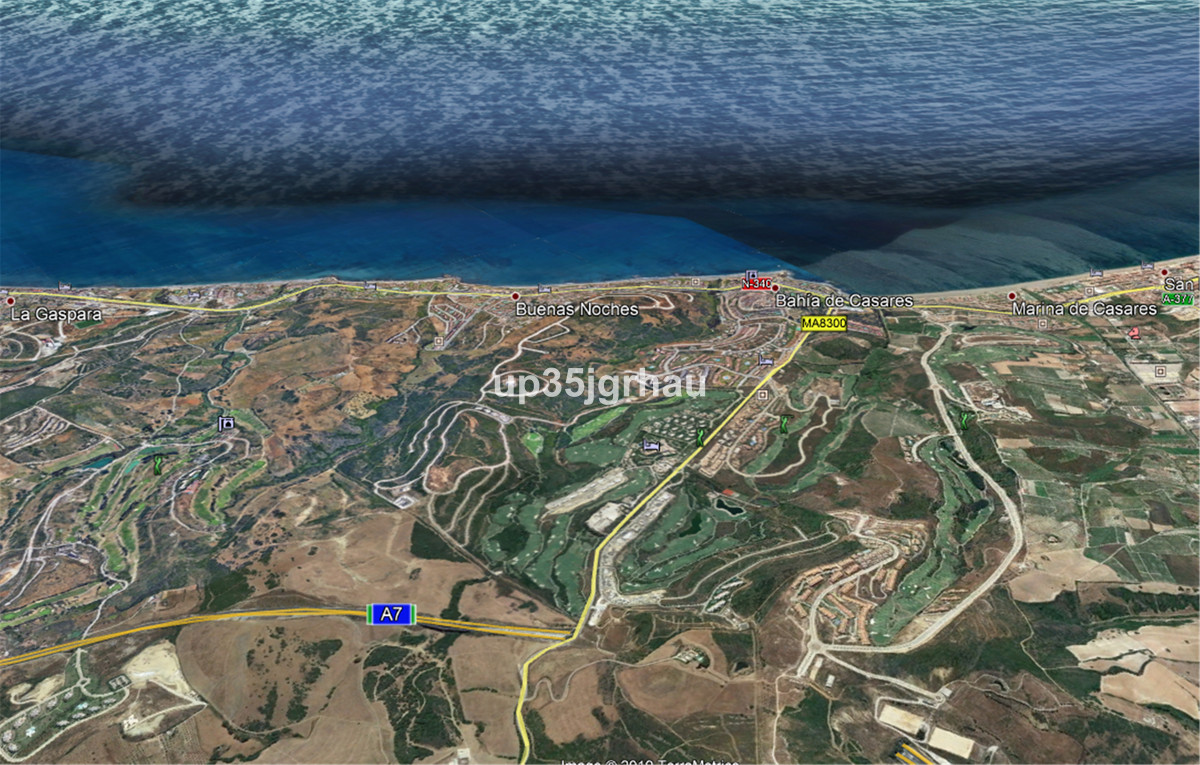 FANTASTIC LAND NEAR THE SEA AND PANORAMIC VIEWS, HAS A SMALL HOUSE OF 1 BEDROOMS AND ANOTHER BIGGER ,Spain