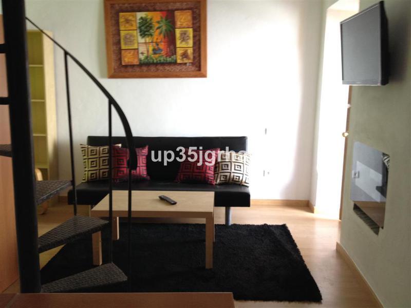 2 Bedroom Townhouse for sale Estepona