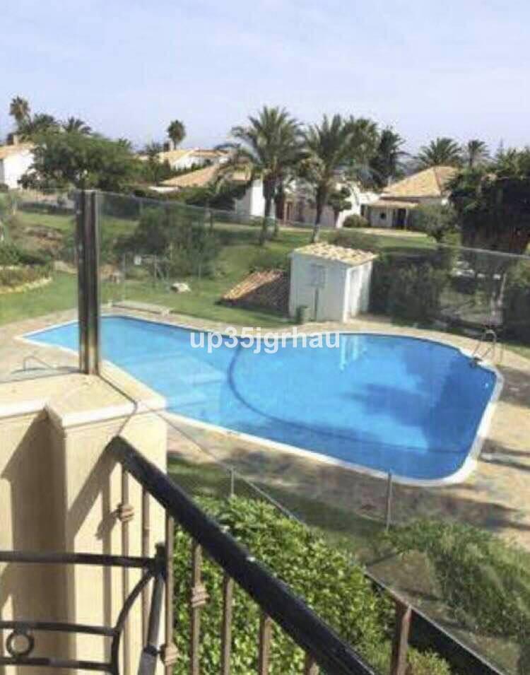 Apartamento  Planta Media en venta   en Estepona