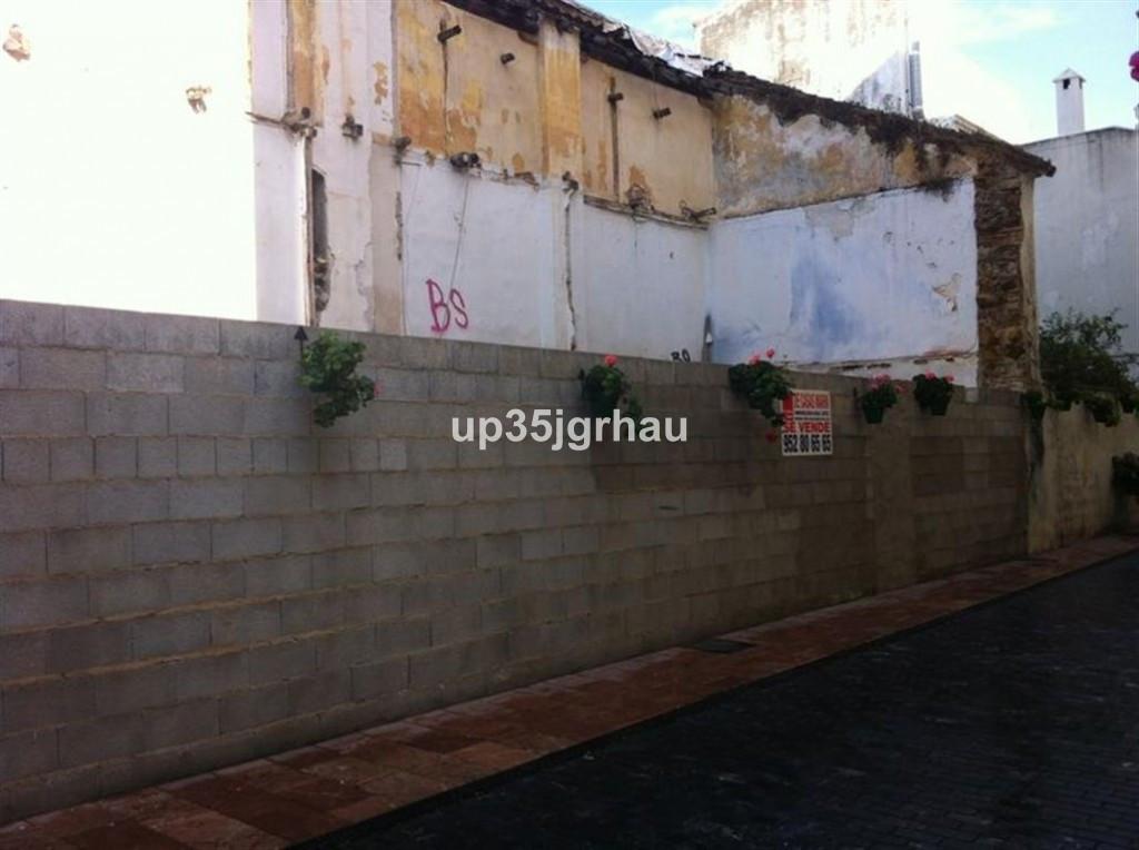 Residential Plot, Estepona, Costa del Sol. .  Setting : Town, Commercial Area, Beachside, Village, C,Spain