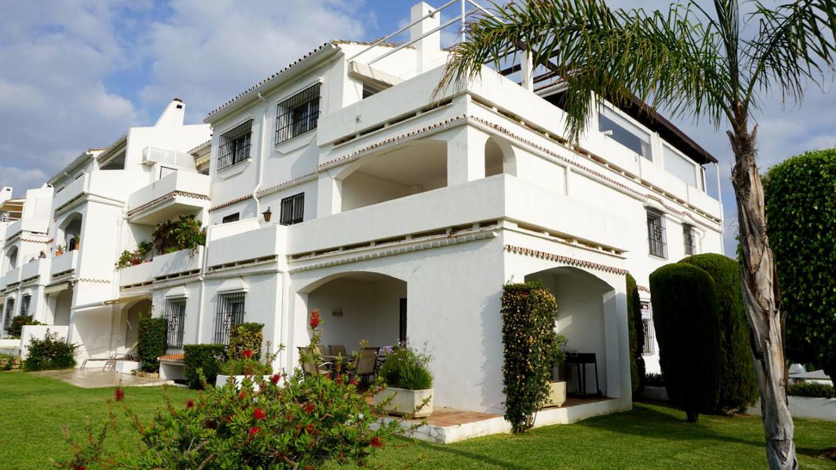 Ground Floor Apartment for sale in Nueva Andalucia - Nueva Andalucia Ground Floor Apartment - TMRO-R3260323
