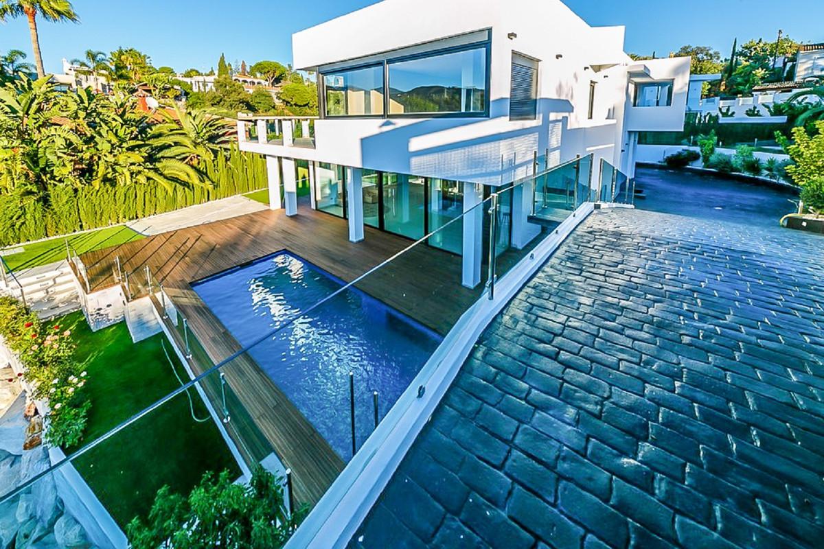 Ref:R3605198 Villa - Detached For Sale in El Rosario