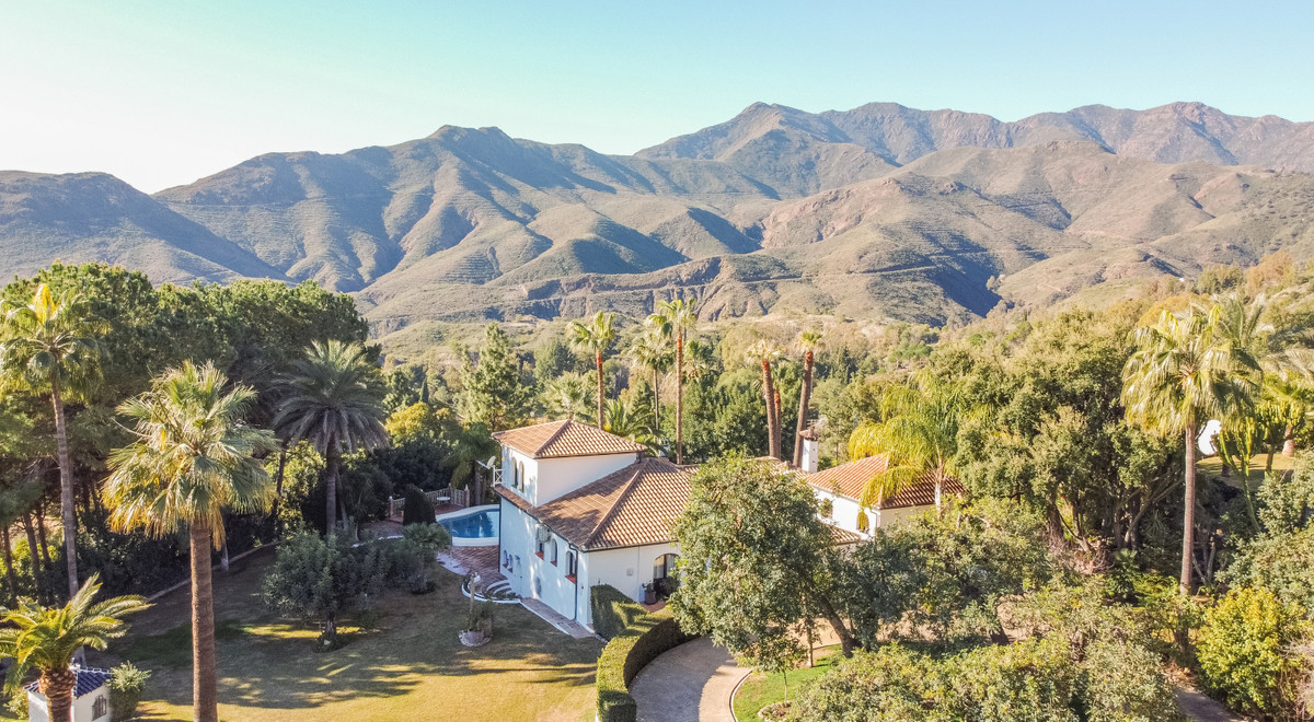 Photo of property R3845587, 1 de 53