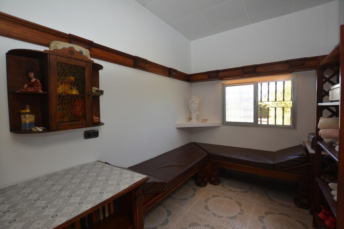 Photo of property R3690005, 16 de 43