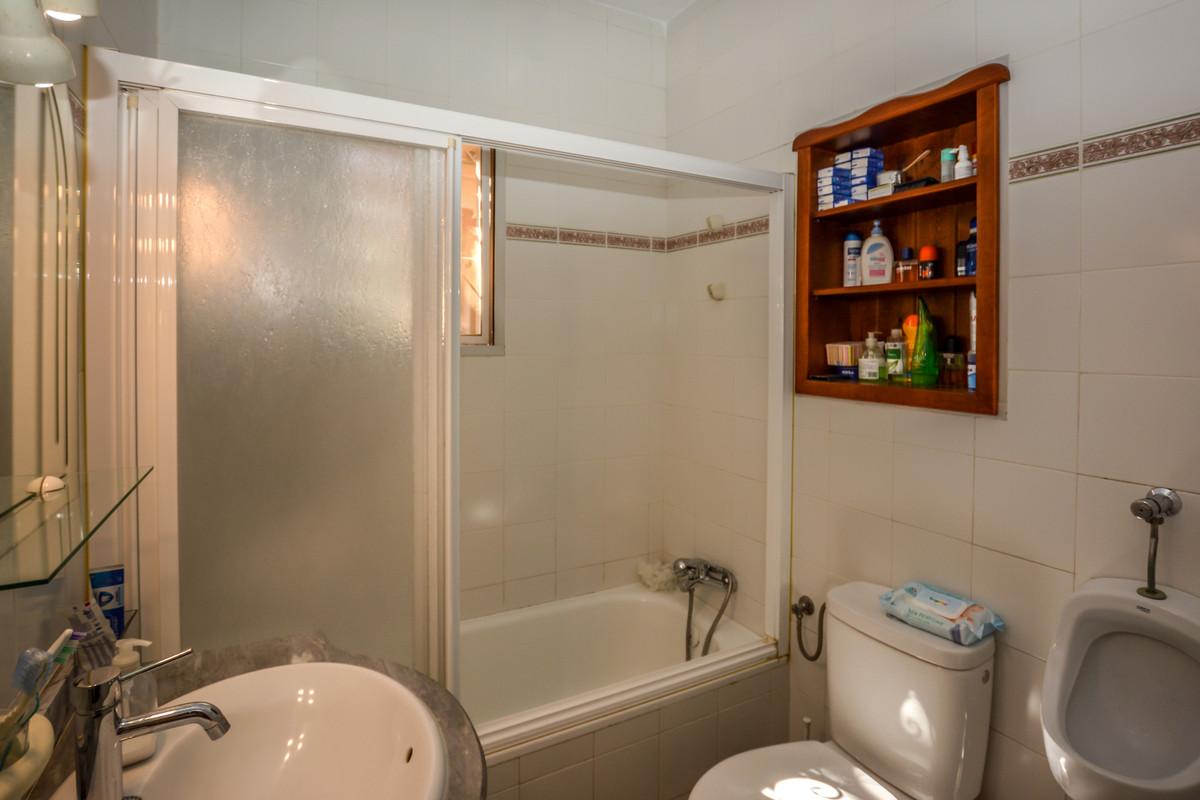 Photo of property R3690005, 22 de 43