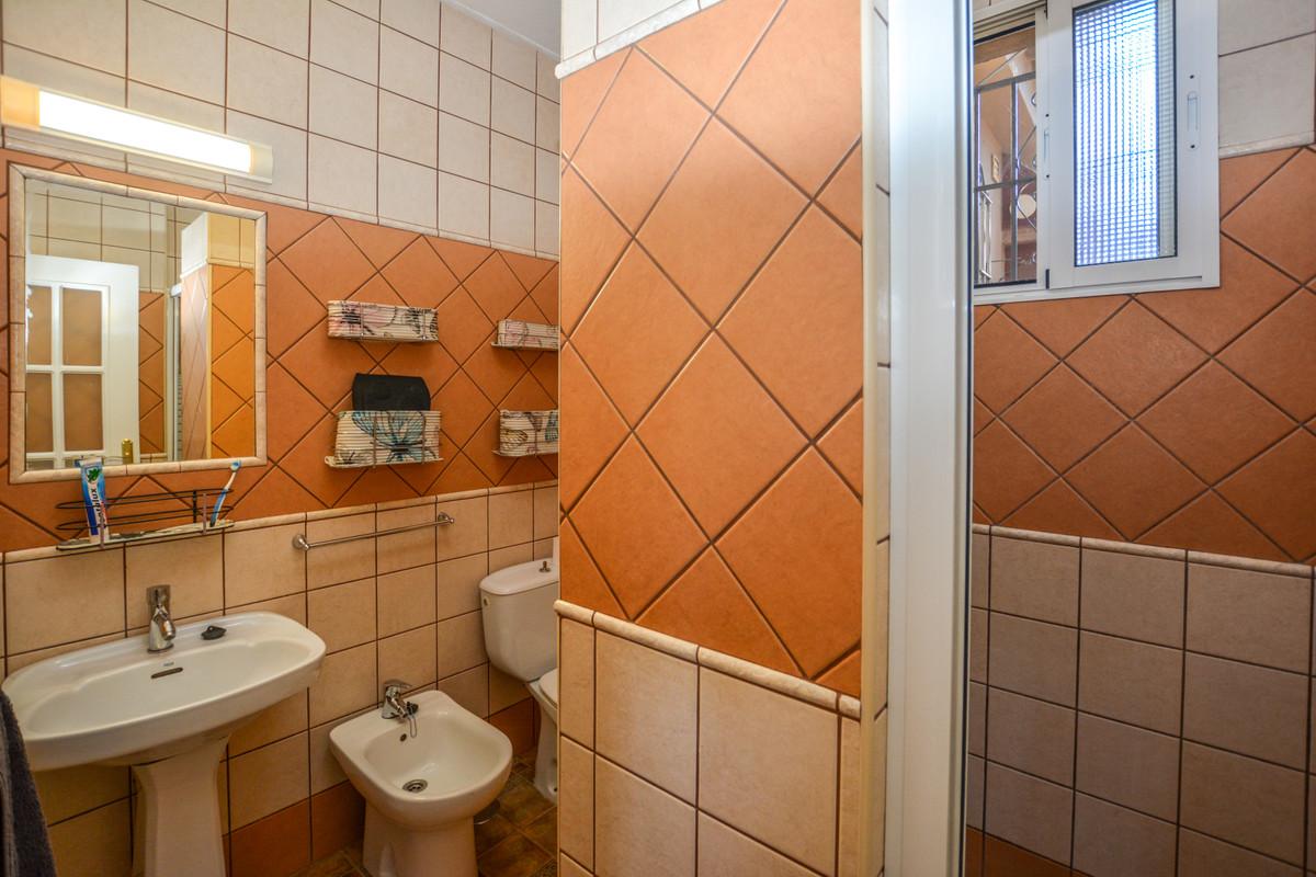 Photo of property R3690005, 37 de 43